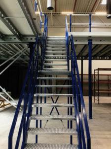 Verdiepingsvloer-trap-blauw