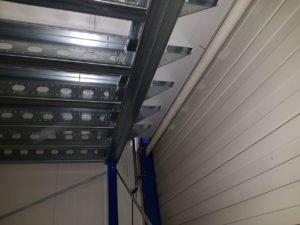Tussenvloer constructie hoofdbalken en kinderbalken en kolommen