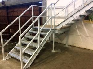 Verdiepingsvloer trap wit Noordrek BV