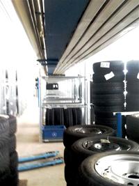 Reifenregale und Reifen Lagerung. Stahlregale Metalsistem super 1-2-3.