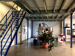 Lagerbühnen-Stahlbaubühne-Ausbau-Wendeltreppe-