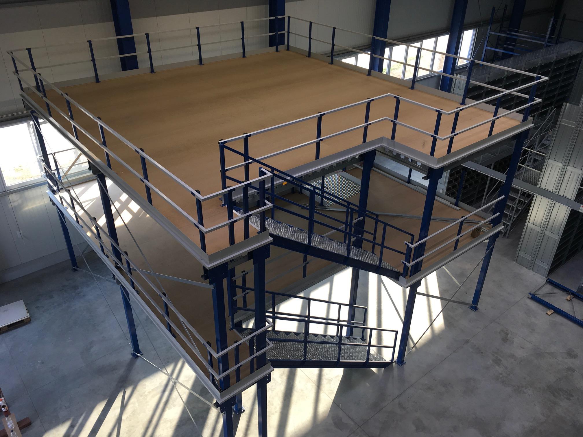 Entresolvloer met 2 verdiepingen